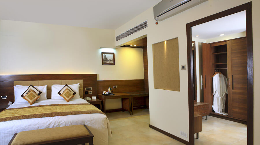Extra-Suite_Room